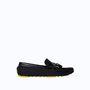 Kezdődik a női szekció. Ez a cipő 17995 Ft. ZARA