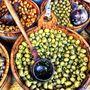 Az olívabogyó egészséges zsírokban gazdag, így a szívnek és az agynak is jót tesz. Egyes kutatások szerint a benne található antioxidánsok megakadályozzák a
