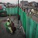 Andrew McConnell, Írország / Panos Pictures a Der Spiegel számára - 1. díj, Művészet és szórakoztatás kategória, egyedi.   Joséphine Nsimba Mpongo (37 éves) csellón gyakorol a kongói főváros, Kinshasa Kimbanguiste negyedében. Joséphine az Orchestre Symphonique Kimbanguiste (OSK) tagja, amely Közép-Afrika egyetlen szimfonikus zenekara. Napközben a kinshasai piacon tojást árul, esténként pedig, jóformán a hét minden napján a zenekarral próbál.
