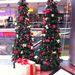 Duna Plaza: műfenyők ajándékcsomaggal, hogy ne legyen olyan egyhangú