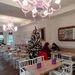 Hófehérben várja a karácsonyt a Villa Bagatelle a 12. kerületben.