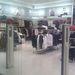 A rendezett Champion üzlet a WestEndben. Szolíd kis tábla jelzi, hogy vannak akciós termékek a boltban.