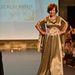 Szalai Anikó ruhájának színei illenek a modell hajához