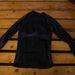 Egy hosszú póló, a lényege, hogy az egész testet lefedje, ez véd a legjobban a hidegtől. H&M sportkollekcióból és 5000 Ft. körül volt.