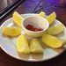 Körítés a leveshez, citrom és brutális paprika.