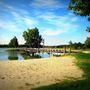 A magyar határtól pár kilométerre található Pamhagen, vagyis Pomogy település közelében a Vila Vita Pannonia üdülőfalu, amelynek saját tava van