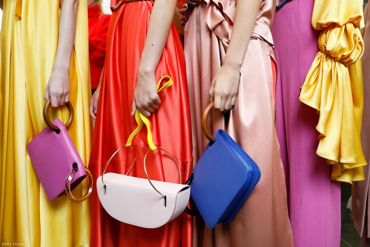 Dívány - Offline - Ezek a táskák lesznek divatban 2018-ban! 5d63de6b5a