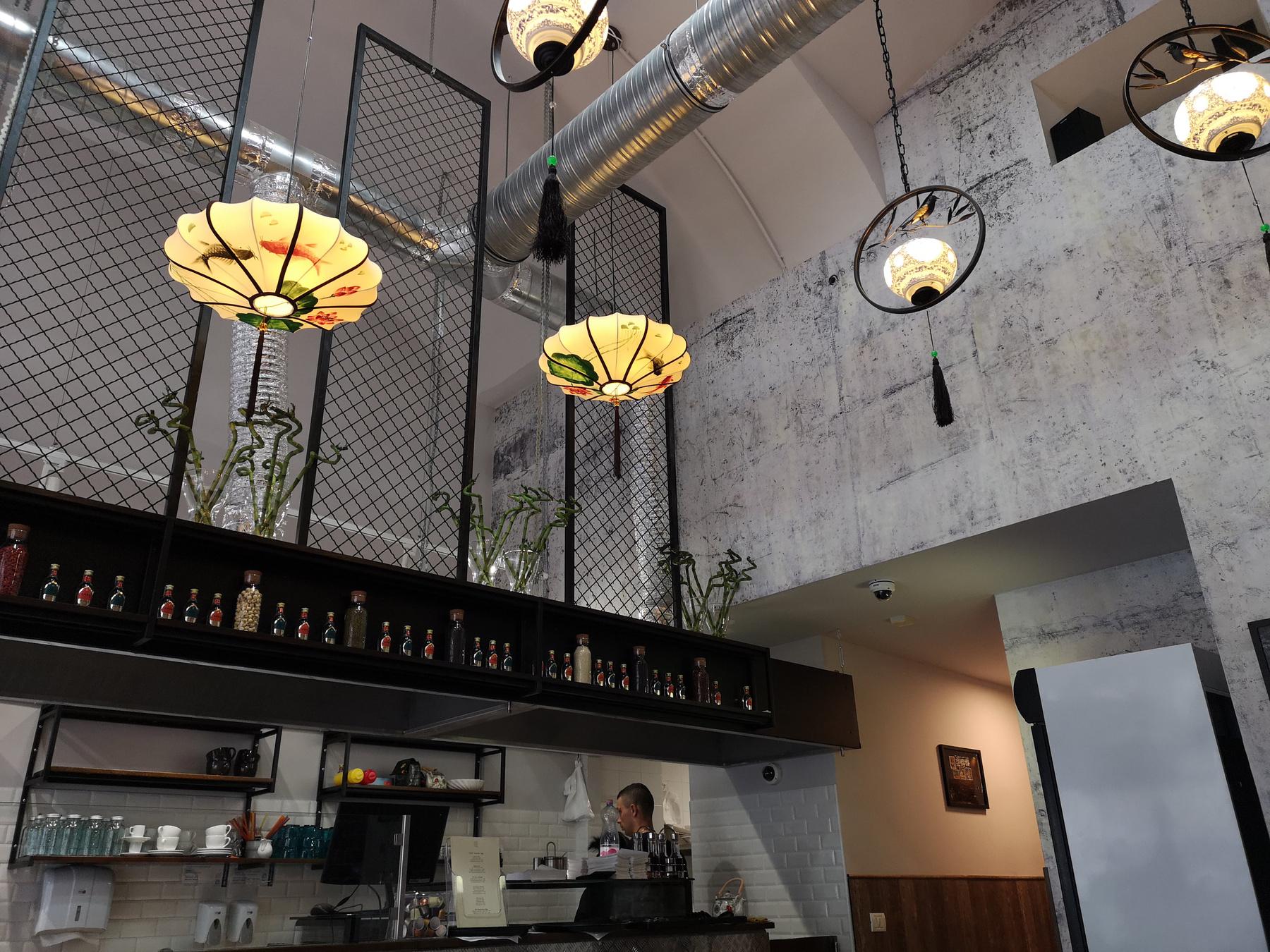 Április másodikától már nagyüzemben vár mindenkit a belvárosban az étterem, és hamarosan nyílik a következő is, a Fővám Téren.