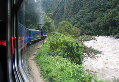 Vistadome Train, Cuscótól Machu Picchuig (Peru)A Machu Picchuról legjobban Sáfár Zsófi kollégánk tudna beszélni, ezért itt csak annyit árulunk el, hogy nemcsak az egykori inka város, de az odavezető vonatút is lenyűgöző.