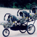 Egy tuningverda: a Trikrek gyereküléses-bringás verzió. kép forrása: http://www.doubledeckerstroller.com