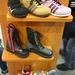 Nem a legszebb cipők, de legalább itthon készítik őket.