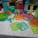 Ezek a Tupperware termékei. Színesek, praktikusak de nem kifejezetten olcsók. Itt megnézheti őket: http://www.tupperware.hu/xchg/hu/hs.xsl/83.html