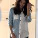 Jenna Dewan amerikai színésznő vásárolgatni indult. Nyáron fog szülni, ami azt jelenti, hogy ezen a márciusban készült képen már biztosan terhes.