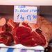 Egy jó T-bone steak, kilónként 14 euró, kb 4100 forint - ez viszont nem vészesen drága