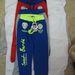 Play back T-949 gyermek szabadidő nadrág. A termék nem felel meg a termékbiztonsági követelményeknek. A termék rendeltetésszerű használatakor a nadrág derekában lévő rögzítetlen összehúzó-szalag játék vagy utazás közben beakadhat, a gyermeket magával ránthatja, ezért az balesetveszélyes. Figyelembe véve a gyermekek szokásos viselkedését, a termék előre látható használata során fennáll a balesetveszély súlyos kockázata.