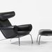 Hans Wegner egyik ikonikus, Ox névre keresztelt széke feltűnik az Austin Power című filmben.