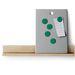 A mágnestáblához már 1490 forintért hozzájuthat. A falisín viszont további 1500 forintba kerül.