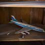 Vajon a szekrényben maradt a repülő, vagy külön megalkudott érte a beszállító?