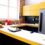 Szép sárga és modern
