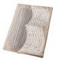 Nemrég mutattuk be Somogyi Éva papírművész szuperlátványos Weöres Sándor kötetét, mellyel hasonló vonalon mozog az ambíciózus japán művész páros, Yoshihisa Tanaka és Ryuta Iida, azaz a Nerhol legújabb munkája is.