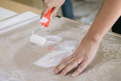 Három napig kell száradniuk, de ki is lehet vasalni a huzatokat. Ügyeljen rá, hogy a vasaló ne érintkezzen közvetlenül az anyaggal.
