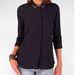 A fekete is szín: Stradivarius ing, 6995 forint
