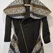 Ez a különleges Zoe Phobic kabát abszolút dívány kedvenc, még a 32 ezres ár se irreális érte.