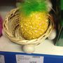 Emlékszik a Mülleres tollra? Abból akár házilag is készíthet ilyet. Nem, ez nem egy penészes ananász, ez egy tojás!