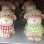 Kis bárányok, szintén 390 forintért.