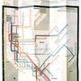 A városnak a metróhálózatának a hetvenes években még nem volt részletes térképe, ezért különösen veszélyes és piszkos  rosszként tekintettek rá a városban. Vignelli segített átalakítani az egészet, aminek köszönhetően  New York térképe színes és könnyen átlátható lett.