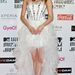 Karina japán színésznő-modell a vörös szőnyegen.