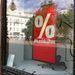 Bershka, Vörösmarty tér: nem írják hány százalék. Jobban is teszik.