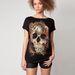 Úgyhogy a továbbiakban hagyjuk a próbafülkés képeket: ez egy halálfejes póló, Bershka.