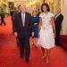 Michelle Obama és az amerikai nagykövet, Louis Susman a Buckingham-palotában.