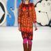 Anna Sui az élénk színeiről, harsány mintáiról híres