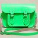 A legmenőbb táskát is rendelni kell, nem elég plázába menni: Urban Outfitters, 110 font, 39 ezer forint