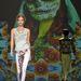 Maya Hansen látványos háttérrel tette szórakoztatóbbá bemutatóját.