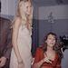 Elizabeth Hurley színésznő és Claudia Schiffer 1990-ben.