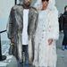 Kardashian pasija, Kanye West nagy bundabarát, itt még előző nőjével, Amber Rose-zal pózol a 2011. januári párizsi Louis Vuitton bemutató után.