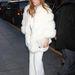 Jennifer Lopez New Yorkban. Van magyar bundája is.