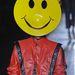 Philip Treacy Michael Jackson kabátban vonuló modellje