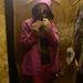 Rosszak a fények, kicsi a fülke, a pink esőkabát leárazva is 20 ezer forint