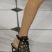 Virágminta és fekete tüll Jason Wu nyári cipőjén.