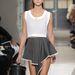 Kalaptartószerű táskát tervezett 2013 nyarára a Balenciaga.