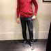 Pull and Bear: 3995 forintért kaphatók a vékony, színes pulóverek.