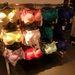 Mindenféle szín megtalálható a H&M üzletében.