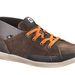 Őszre-télre kell egy meleg cipő, általában barna, vagy fekete magas szárú darabokat kínálnak a márkák. Caterpillar cipő az Office shoes-ból 24990 forint