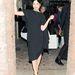 Selma Blair a tervező asszimetrikus ruhájában, ami 34.700 forintért lesz majd kapható.