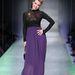 Abodi Dóra lila szoknyás szettje a Fashion Days-en. A nyakbavaló mindent feldob.