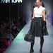 Anh Tuan 2012-13 őszi-téli kollekciója. A szegecsek nála is divatba jöttek.